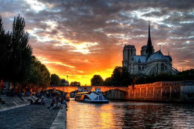 Paris hakkında bilmedikleirniz